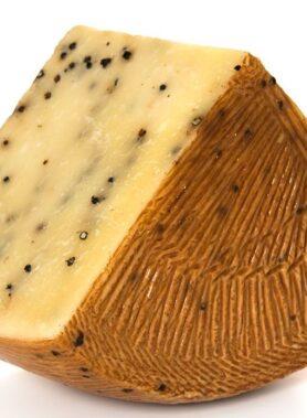 Pecorino Siciliano Pepato DOP